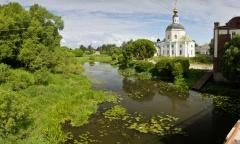 Река Вязьма за Богородицкой церковью