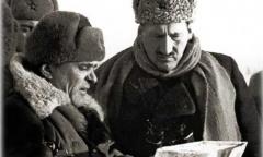 Михаил Григорьевич Ефремов фото генерала во время боевых действий