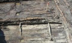 Элемент мостовой или здания в раскопе
