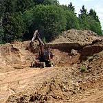 В Новом Селе уничтожили плодородный слой почвы