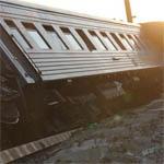Под Вязьмой поезд сошел с рельс