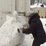 Конкурс снежных скульптур из мусорного снега прошел в Вязьме