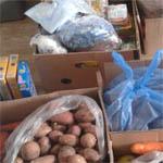 Вяземские деревни собрали продукты в помощь беженцам из Украины