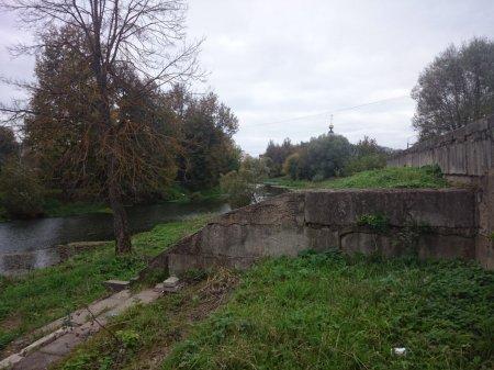 Набережная реки Вязьма на Лейтенанта Шмидта