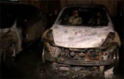 На Московской сожгли две иномарки