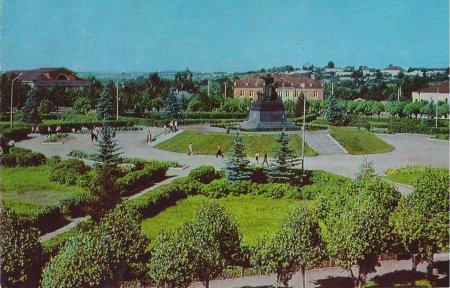 Площадь Ефремова в Вязьме
