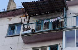 Вязьмичка выпала из окна пятого этажа