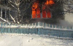 В деревне Новый Ржавец пожар