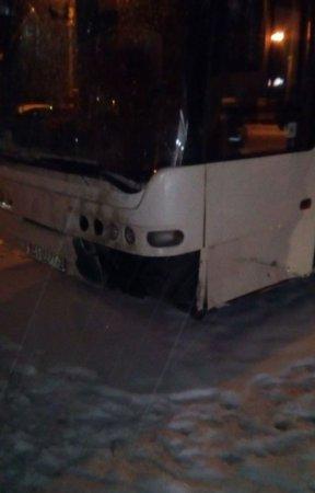 Под Вязьмой белорусский автобус попал в ДТП