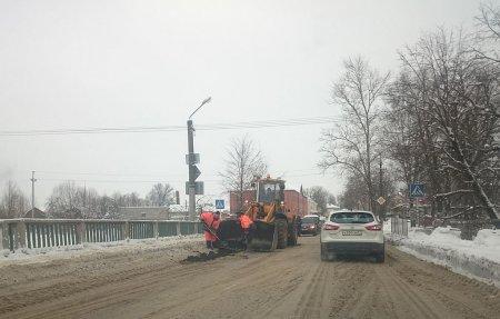 В Вязьме начался ремонт Смоленского моста