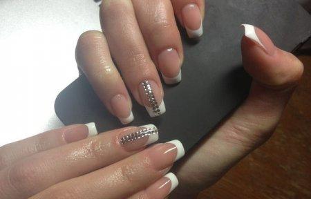 Наращивание ногтей Вязьма