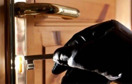 В Вязьме раскрыта квартирная кража