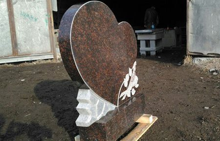 Заказать памятник на могилу недорого в вязьме гранитные памятники заказать смоленск
