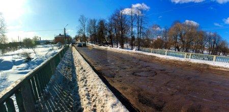 В Вязьме торжественно открыт февральский ямочный ремонт