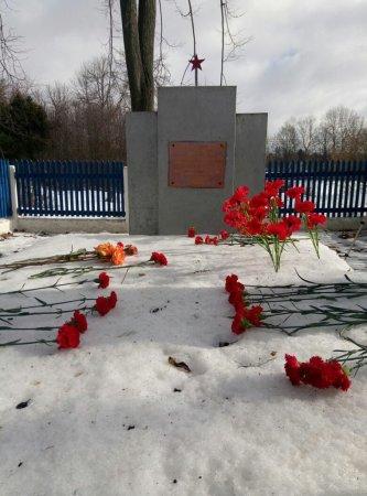 Братское захоронение врачей, расстрелянных в Вязьме во время войны