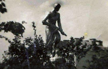 Памятник Зое утраченная Вязьма