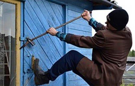 В Вязьме полиция раскрыла кражу из дачного дома