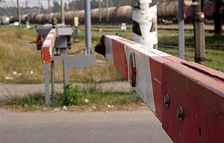 Ремонтные работы на железнодорожном переезде в Алексеевском