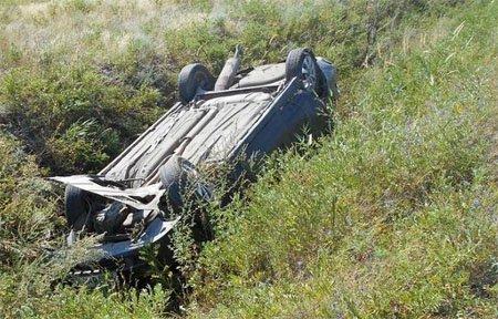 На автодороге Вязьма - Калуга опрокинулась Лада Приора