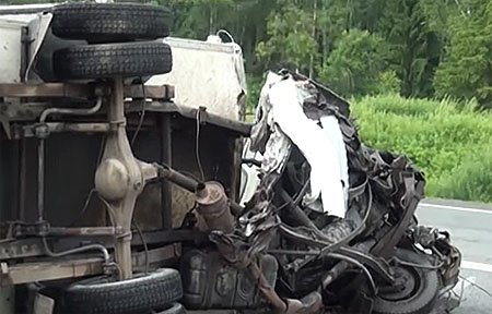 Следствие устанавливает свидетелей ДТП AUDI Q7 и ГАЗ 3302 на 211 км М-1