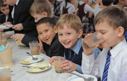 Бесплатные школьные завтраки в Вязьме не для всех