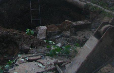 Водоканал без предупреждения отключил воду в центре города