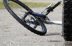 Под Вязьмой фура сбила велосипедиста