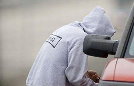 Полиция задержала подростков - автоворов