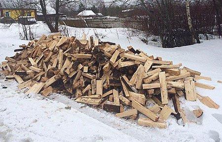 В Вяземском районе началась акция «Подари дрова»