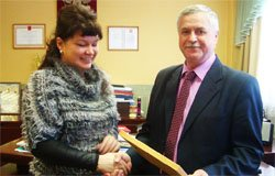 За неубранный лен министерской грамотой награжден С.И. Алимов