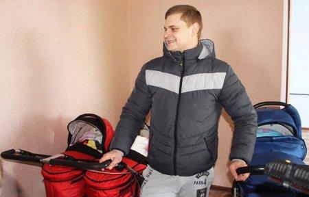 Семья Никуличевых получила квартиру в подарок