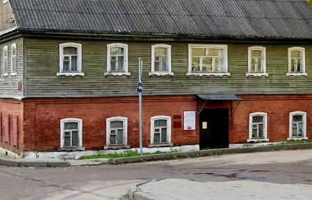С 4 мая открывается фотовыставка «Я помню в Вязьме старый дом»
