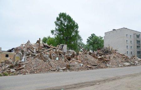 Губернатор включился в борьбу с демидовскими строительными свалками