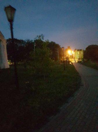 Бутафорские фонари
