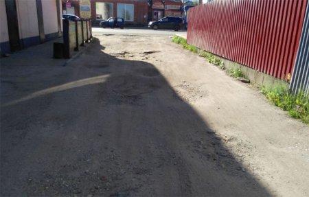Устинкин и Страховой переулок могут оказаться парализованы для движения транспорта