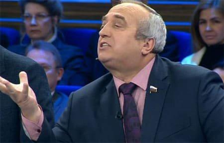Сенатор от Смоленской области Франц Клинцевич стал фигурантом скандала