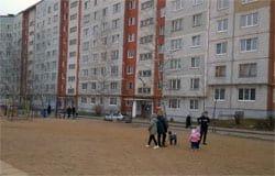 Волонтеры облагородили двор Полины Хомайко