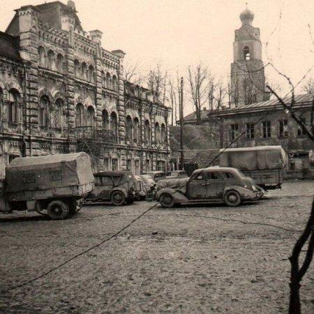 Я помню в Вязьме старый дом: военная кинохроника