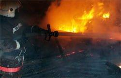 Из-за неисправности печи пожар уничтожил дом на ул. Мира