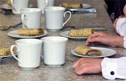 Десять справок за бесплатный завтрак