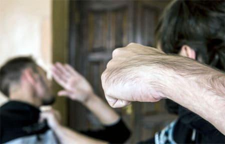 Пьяный конфликт между вязьмичами может закончиться 3 годами тюрьмы