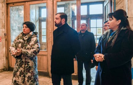 Губернатор пообещал ремонт в ДК Центральный