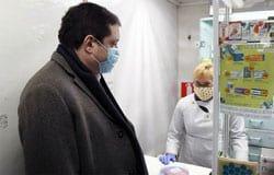 Ни масок, ни парацетамола: губернатор нагрянул в Вязьму с инспекцией