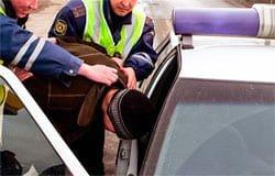 Угонщики в Кайдаково взломали семь машин чтобы доехать до Вязьмы