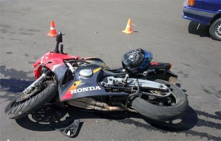 На ул. 25 Октября фура сбила мотоциклиста
