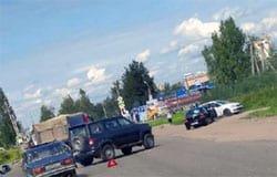 В Панино не сумели поделить дорогу УАЗ и Hyundai