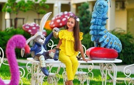 Девочка из Вязьмы борется за титул самая красивая девочка России