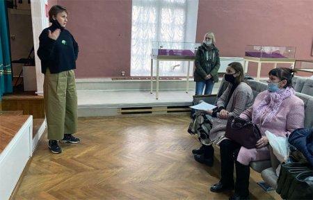 Студенты Смоленского государственного института искусств посетили Хмелиту