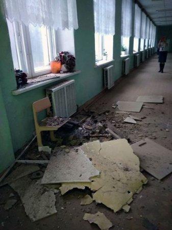 В Тумановской школе рухнул потолок