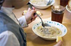 Завтраки вместо обедов: вяземские школы...